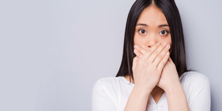 treat bad breath with Ayurveda, Naturopathy, and Homeopathy