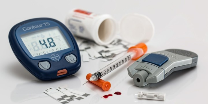 Treat diabetes with Ayurveda, Naturopathy, and Homeopathy