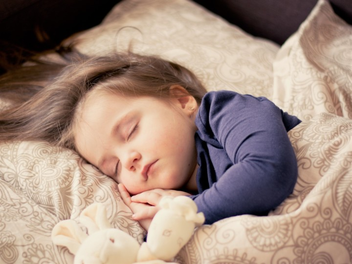 The Benefits of Deep Sleep and How to Get More Of It